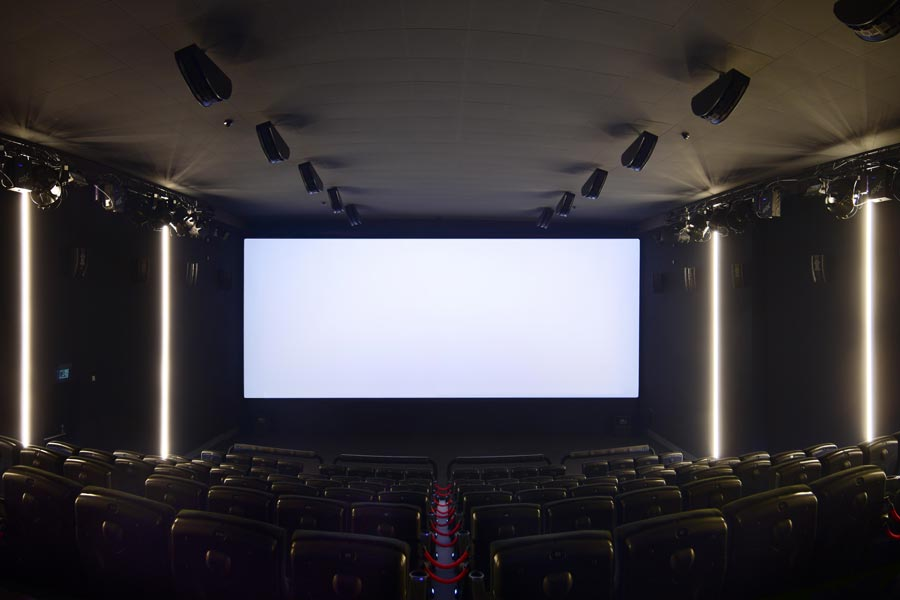 saal9-4dx-atmos-screen